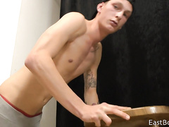 Twink hotly undresses and shows off nude to the camera