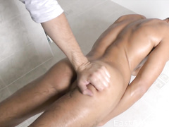 Exciting sexy gay gets filmed on cam taking shower